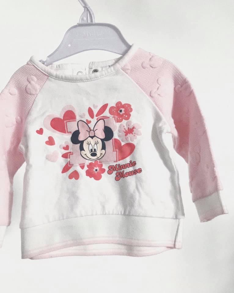 Týždeň detského oblečenia v komunitnom reuse centre Baterkáreň v Trnave