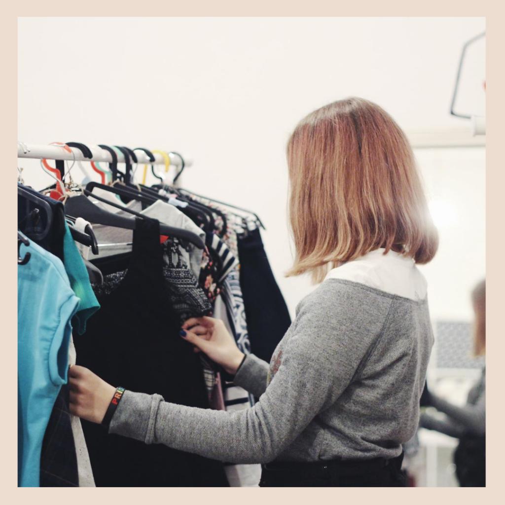 SWAP oblečenia pre dospelých v Baterkárni